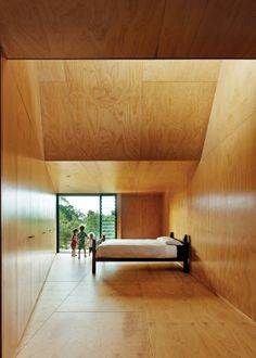 Ply faced interior - Karri Loop House by MORQ Wooden Architecture, Contemporary Architecture, Interior Architecture, Interior And Exterior, Dynamic Architecture, Room Interior, Types Of Plywood, Eco Cabin, Plywood Interior