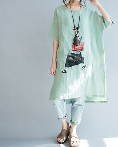 A classy cotton kurti summer causal look short sleeves Fashion Fashionist Design Fashions Ideas Gifts Dress Clothes Hats Comfort Men Women Girls Boys Shirts Pants Slacks Prom Pictures Photos Amarillis, Short Sleeve Dresses, Dresses With Sleeves, Short Sleeves, Long Sleeve, Look Short, Ethnic Wear Designer, Painted Clothes, Linen Dresses