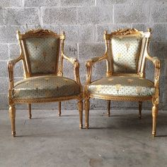 Antique French Louis XVI Living Room Chair Fauteuil Settee Sofa Couch Baroque Rococo Music Instruments Gold Leaf Frame Grey Silver Yellow