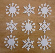 снежинки из фетра
