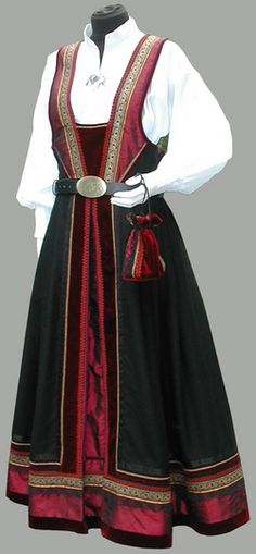 "Beautiful ""drakt"" from Trønder Designs. This is a new design. It is not old enough to be called ""bunad"" Celtic Clothing, Medieval Clothing, Historical Clothing, Norwegian Clothing, Grandma Dress, Norwegian Style, Costumes Around The World, Scandinavian Fashion, Period Outfit"