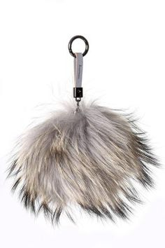 JESSIMARA LIGHT GREY RACCOON FUR POM POM KEYRING