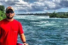 Tyler Farr at Niagara Falls in Buffalo, New York before his Concert