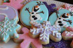 "Themed Parties| Serafini Amelia| Disney's ""Frozen""-Have Fun With Disney Themed Parties-Frozen Olaf & snowflake cookies"