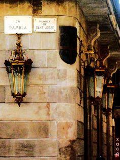 Las Ramblas, Barcelona, Catalonia   Mary Jara by APIstudyabroad, via Flickr