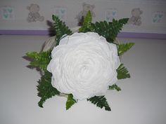 Ramo Romantico Rosmelia Blanca. 70€ con comodo agarre y tallos largos.