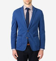 Stones Tinto Cotton Dyed Stretch Blazer $398 | German brand Stones offers gentlemen searching for European styling with a relaxed fit a solution: this unlined, deconstructed sport coat in royal blue. Versatile enough to go from day to night, skip the pocket square and try a lapel pin instead. | GOTSTYLE.ca