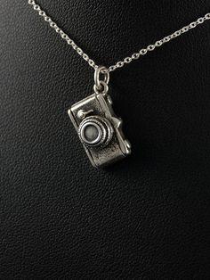 Stříbrný přívěsek 925 punc, design: fotoaparát. 54-706-11363