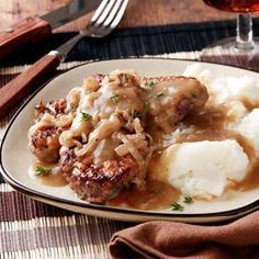 So-Tender Swiss Steak Recipe... want to try this with just hamburgar