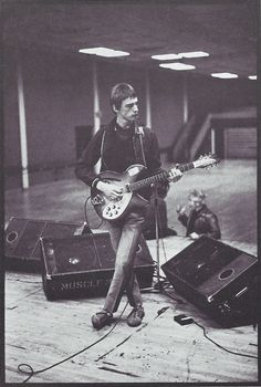 Modfather in the making: Paul Weller Music Pics, Music Images, Music Jam, My Music, Alter Ego, Rickenbacker Guitar, The Ventures, The Style Council, Paul Weller