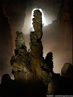 Son Doong cave, the largest in the world
