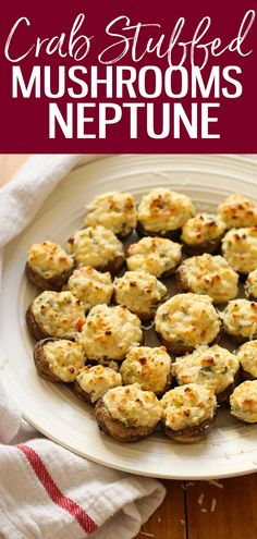 Be prepared for the ultimate appetizer idea: this copycat Mushrooms Neptune recipe inspired by The Keg Steakhouse has a cream cheese, crab and shrimp filling that's to die for! recipe the keg The Keg Mushrooms Neptune Copycat Good Healthy Recipes, Whole Food Recipes, Great Recipes, Favorite Recipes, Delicious Recipes, Recipe Ideas, Shrimp Appetizers, Appetizer Recipes, Lunch Recipes