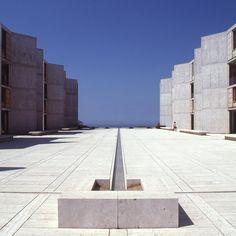 Salk Institute in La Jolla, California, Louis Kahn, 1959–65 © The Architectural Archives, University of Pennsylvania, photo: John Nicolais
