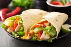 Ce wrap express au poulet est idéal pour savourer un bon repas santé préparé rapido-presto.