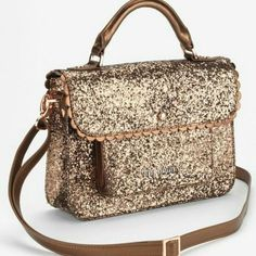 f428b695864c Shop Women s Ted Baker Shoulder bags on Lyst. Track over 2556 Ted Baker Shoulder  bags for stock and sale updates.