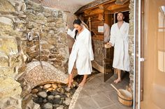 http://www.binggl.com/wellness-urlaub-salzburg.html  Ort zum Krafttanken – 4-Sterne Wellness Hotel Binggl