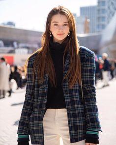 Angelina Danilova, Ulzzang Korean Girl, Cute Beauty, Korean Model, Famous Women, Girl Face, Stylish Girl, Female Models, Korean Fashion