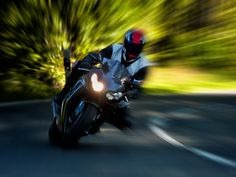 Bezirk Perg: 21-jähriger Motorradfahrer tödlich verunglückt  Mehr unter >>> http://a24.me/1qTqfYy