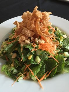 Ninja Chicken Salad - Edamame, carrot, cucumber, spinach, romaine, shredded cabbage, Sesame Dressing, peanuts and fried wontons Wontons, Edamame, Seaweed Salad, Chicken Salad, Peanuts, Vancouver, Cucumber, Ninja, Spinach