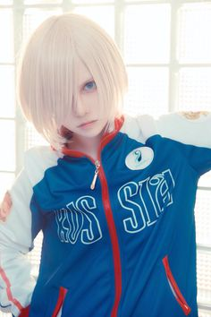 Yuri Plisetsky Cosplay I'm in love with this cosplay is amazing if someone kniw how is please tell me