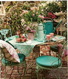 pretty patio dining