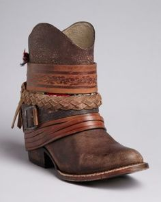 Because I've always wanted a pair of cowboy boots! FREEBIRD by Steven Western Booties - Mezcal Strapped Boot Over The Knee, Over Boots, Cute Shoes, Me Too Shoes, Botas Boho, Amo Jeans, Estilo Hippy, Flipflops, Boot Bling