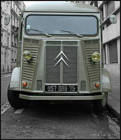 Hy Citroen Type H, Citroen H Van, Citroen Car, Cool Trucks, Big Trucks, Cool Cars, Psa Peugeot, Citroen Traction, Commercial Vehicle