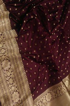 Maroon Saree, Purple Saree, Indian Bridal Sarees, Wedding Silk Saree, Latest Silk Sarees, Silk Sarees Online, Silk Saree Banarasi, Kanchipuram Saree, Wedding Saree Collection