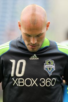 Freddie Ljungberg Photos - New England Revolution v Seattle Sounders FC - Zimbio Seattle Sounders, Revolution, Handsome, News, Short Hairstyles, Hipster Stuff