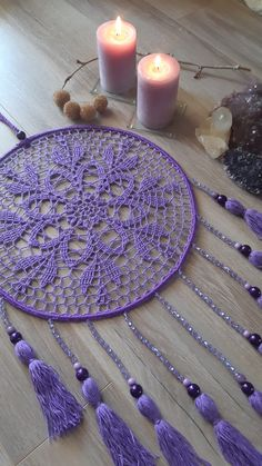 Dream Catcher Jewelry, Doily Dream Catchers, Dream Catcher Craft, Crochet Wall Art, Crochet Wall Hangings, Crochet Home Decor, Crochet Dreamcatcher Pattern, Crochet Mandala, Tatting Patterns Free