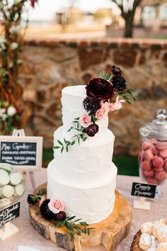 Beautiful and romantic, simple wedding cake. Love the shades of red and pink!