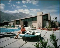 This photo is the real thing.  It was taken around 1960 when these were being built in Palm Springs, California.  The roof shape has fondly defined this as a Butterfly Alexander.  Alexander Construction built these but they were designed by architect William Krisel.
