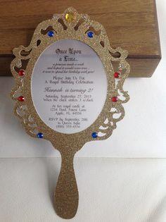 Espejo de mano de oro de la princesa por AnEnchantedFairytale                                                                                                                                                                                 Más