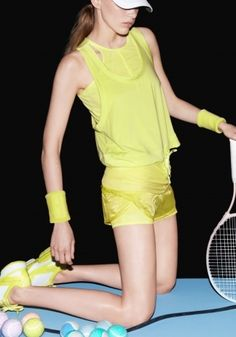 http://cdn3.yoox.biz/stellamccartney/wp-content/gallery/adidas-ss13/adidas_carousel_1400x2000_17.jpg
