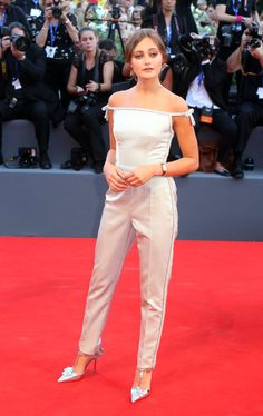 ELLA PURNELL At the premiere of La La Land during the festival's opening ceremony.