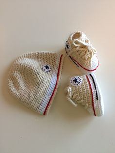 Crochet baby shoes and hat #conversestyle