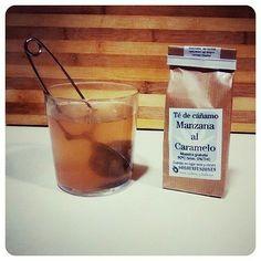 #Regrann from @susanna_sp -  Y para finalizar un fin de semana absolutamente genial, una infusión de té de cañamo de manzana al caramelo  de @soloinfusiones para dormir como un  Buenas noches!!!  #te #infusion #cañamo #soloinfusiones #valencia #night