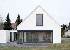 Modernes Einfamilienhaus Mit Terrasse Und Garten   Haus Solution 106   V3    Architektur Living Haus | Dream Home | Pinterest | Haus, Beautiful House  Plans ...