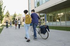 This Is the Most Popular Solution to the College Affordability Crisis