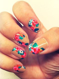 Nails :) flowers!