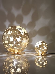 Divisual have designed the Planet-O #Lamp, made from metal discs welded by hand.