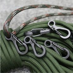 paracord keychain outdoor safety survival gear rope keyring carabiner kits PB