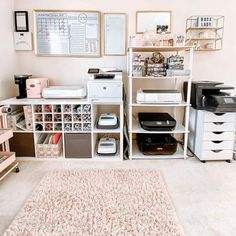 If this isn't the prettiest craft room! 😍 has the dream right here! Craft Room Design, Craft Room Decor, Cricut Craft Room, Craft Room Storage, Room Organization, Craft Rooms, Craft Room Closet, Home Office Space, Home Office Design
