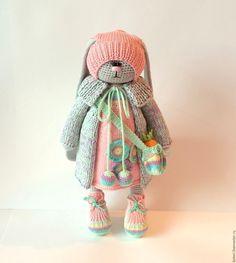 Купить Соня - заяц, игрушка заяц, вязаная игрушка, зайчишка, зайка, подарок, вязаный заяц