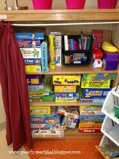 Dynamic Duo: Tips for Organizing Small Classroom Spaces & Therapy Rooms Speech Therapy Organization, Game Organization, Classroom Organization, Classroom Management, Classroom Environment, Classroom Setup, Classroom Design, Art Classroom, Social Work Offices