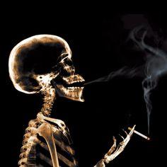 Potret Suram Para Pengguna Ganja Sintetis New York, Amerika Serikat Smoking Kills, Anti Smoking, Smoking Weed, Stop Smoking Benefits, Benefits Of Quitting Smoking, Smoke Wallpaper, Original Wallpaper, Anti Tabaco, Stop Smoke