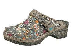 Clogs #shoes #paisley