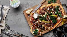 Pizza med kjøttboller, aromasopp og pære Frisk, Vegetable Pizza, Bacon, Vegetables, Food, Essen, Vegetable Recipes, Meals, Yemek