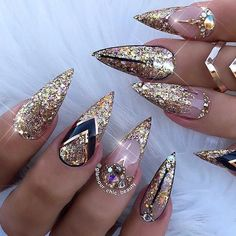 May 2019 - Glitter is the perfect way to spice up any nail design and make it instantly festive. Glitter nail art designs have become a constant favorite. Almost every gir Glitter Nail Art, Cute Acrylic Nails, Cute Nails, Pretty Nails, Pastel Nails, Ongles Bling Bling, Bling Nails, Gold Stiletto Nails, Coffin Nails