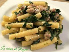 #Pasta salsiccia e spinaci# La cucina di Reginé. Food Art, A Food, Food And Drink, Rigatoni, Pasta Recipes, Pasta Salad, Italian Recipes, Risotto, Potato Salad